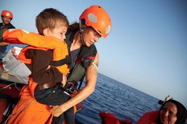 Tentativi di suicidio a bordo della Alan Kurdi