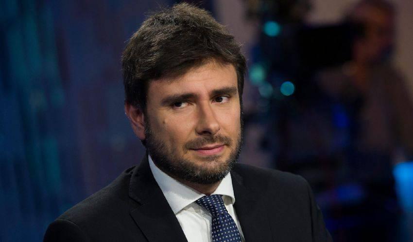 Alessandro Di Battista contrario all'alleanza col Pd