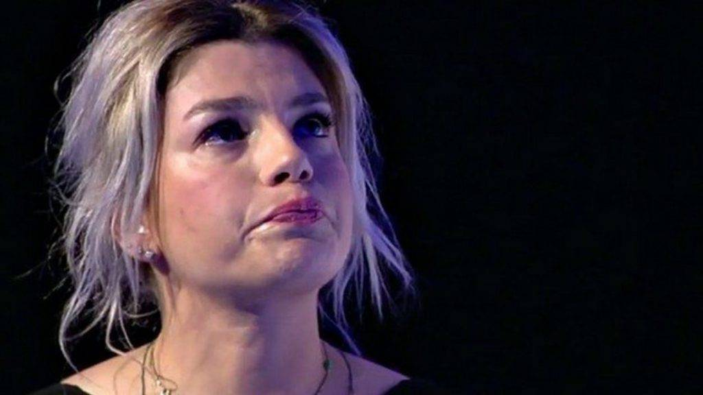 Emma Marrone si ferma per un problema di salute . Leggilo