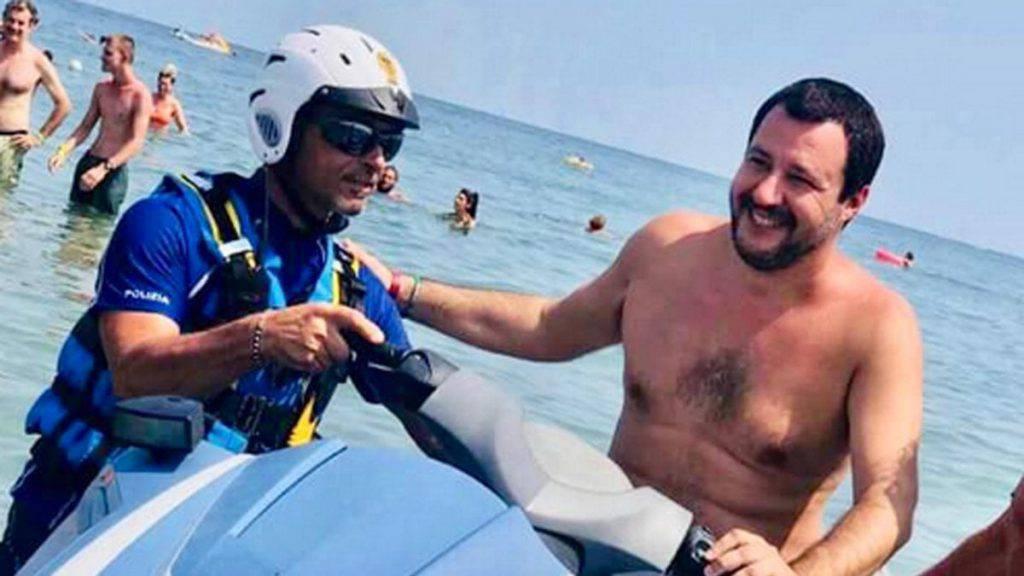 Caso figlio di Salvini e moto d'acqua