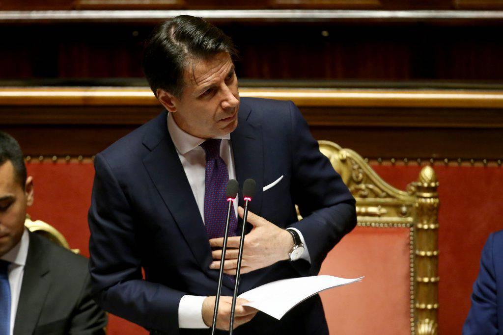Governo presidente Giuseppe Conte chiede fiducia alla Camera Matteo Salvini chi vuole elezioni ogni anno è irresponsabile - Leggilo