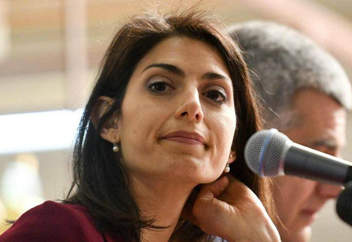 No alle strade fasciste, parla Virginia Raggi