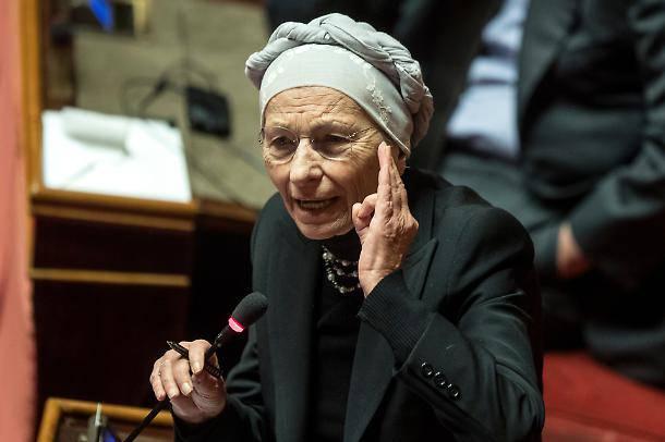 Emma Bonino parla di Libia e migranti - Leggilo.Org