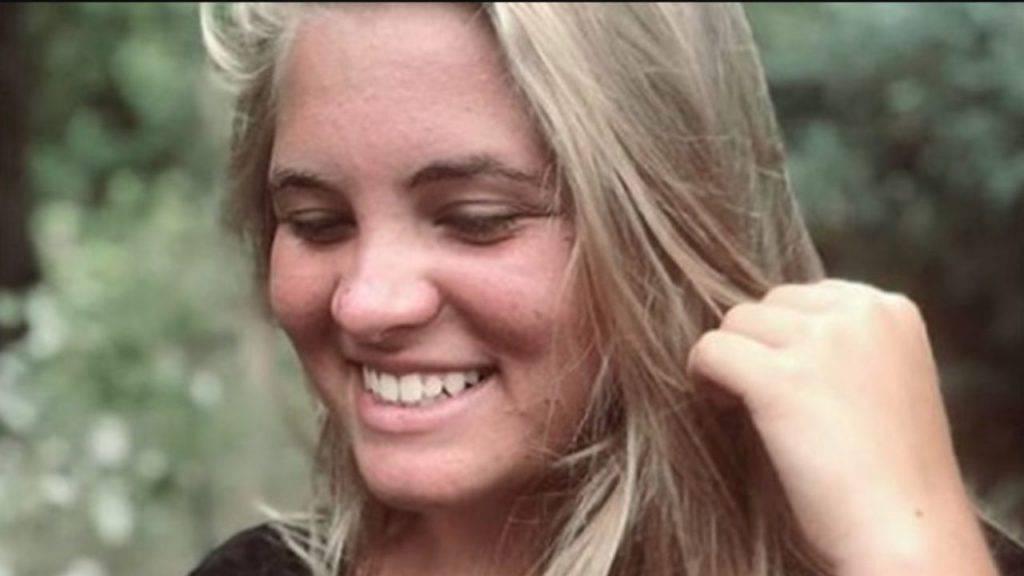 Melissa La Rocca studentessa di 16 anni morta in classe a scuola a Salerno - Leggilo