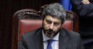 Roberto Fico annuncia la lotta agli evasori
