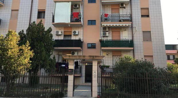 Poliziotto uccide moglie e figlie a Foggia