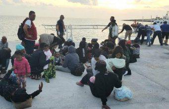 ocean vicking taranto migranti
