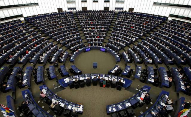 parlamento europeo boccia porti aperti
