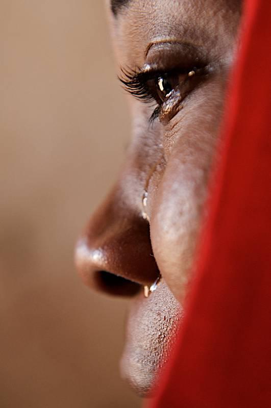 13 enne stuprata da due connazionali - Leggilo.Org