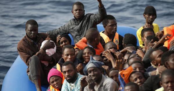43 italiani chiusi a chiave - Leggilo.Org