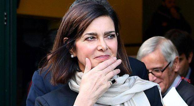 Laura Boldrini tassa sugli assorbenti - Leggilo.Org