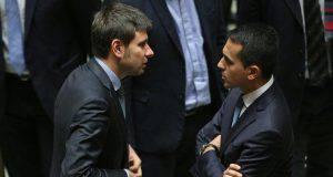 Di Battista spinge Di Maio allo scontro con il Partito Democratico - Leggilo.org