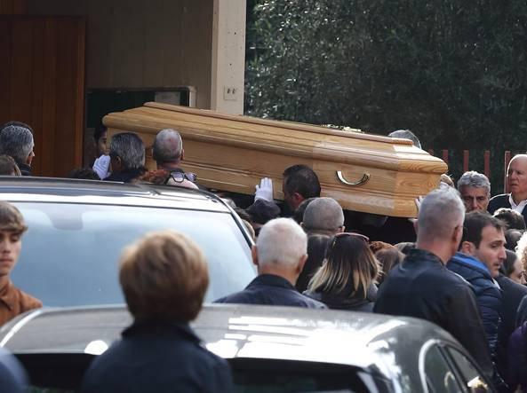 Luca Sacchi fidanzata Anastasiya mancava al funerale - Leggilo.Org