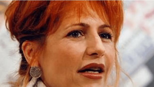 Lilli Gruber difende Liliana Segre - Leggilo.Org