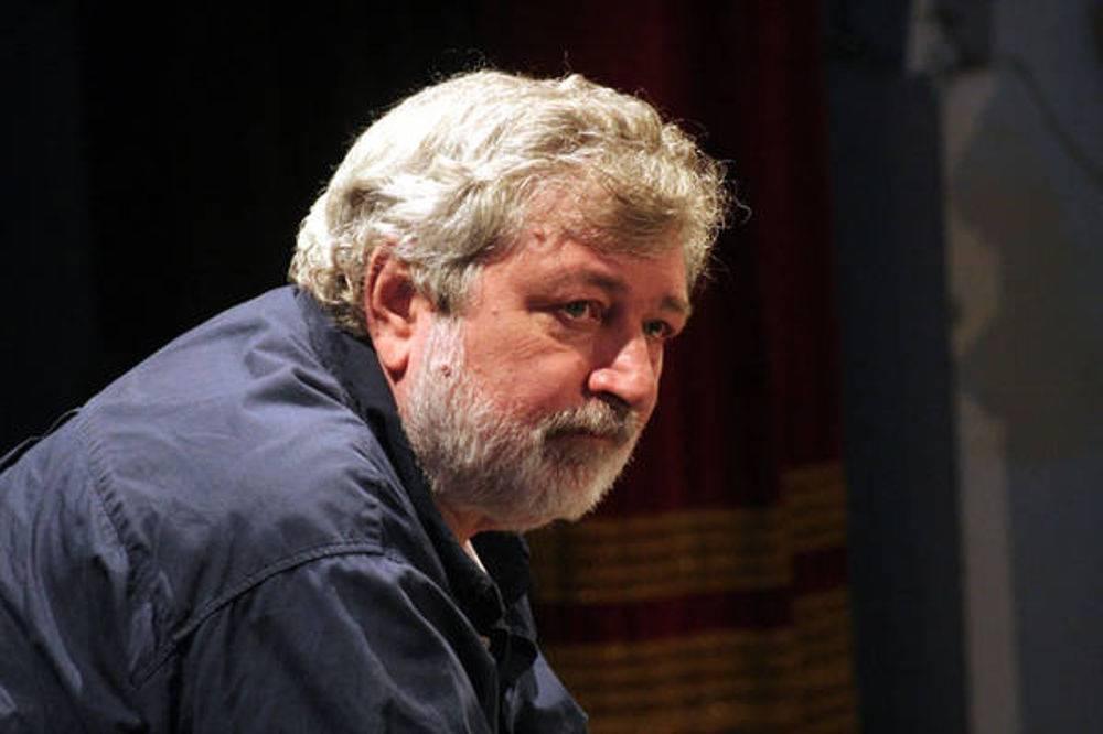 """Francesco Guccini: """"Io voto PD"""" - Leggilo.Org"""
