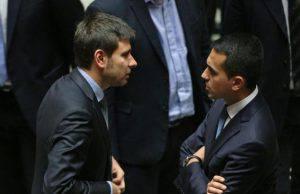 Di Maio parte al contrattacco: il 7 gennaio riunione per decidere le sorti dei parlamentari dissidenti - Leggilo.org