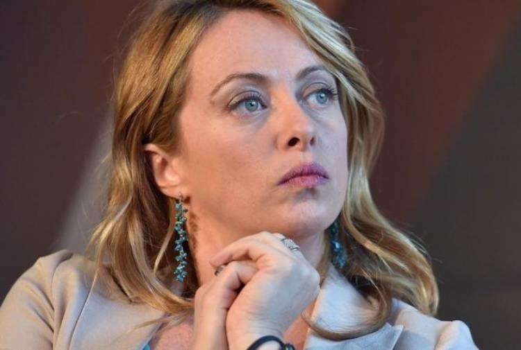 Giorgia Meloni Salvini e i migranti - Leggilo.org
