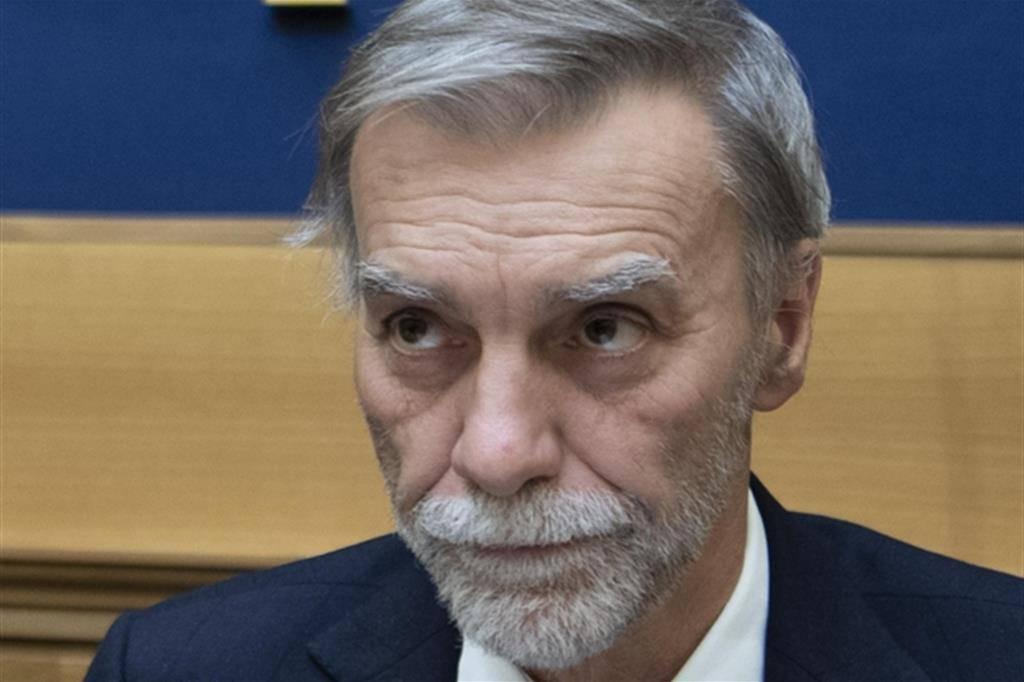 """Delrio avverte il M5S: """"Se perdiamo in Emilia-Romagna conseguenze per il Governo"""" - Leggilo.org"""