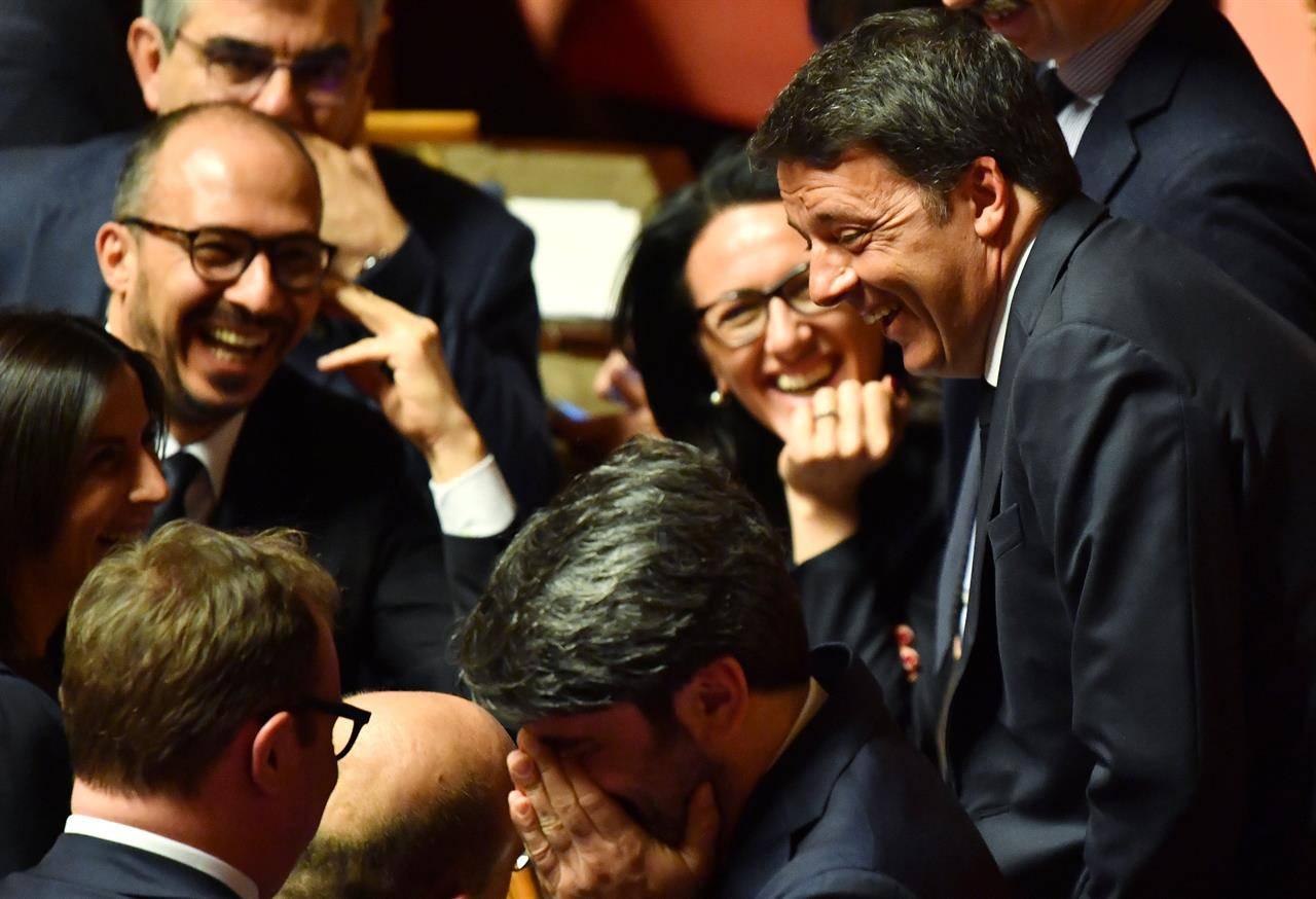 Renzi prepara la spallata - Leggilo.Org