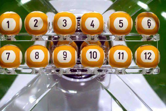 Estrazioni live del lotto, Simbolotto, 10eLotto e SuperEnalotto del 8 maggio 2021