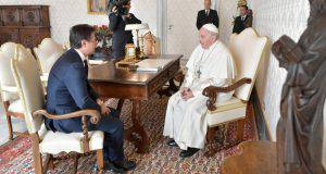 """Conte cerca l'appoggio della Chiesa di Bergoglio: """"Un grande fronte nuovo"""" - Leggilo.org"""
