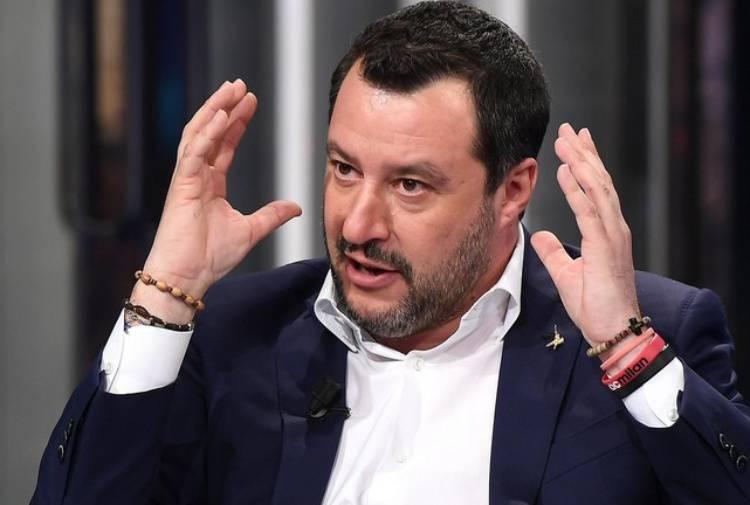 """Aborto, il ginecologo Viale attacca Salvini: """"Sue parole misogine e ignoranti"""" - Leggilo.org"""