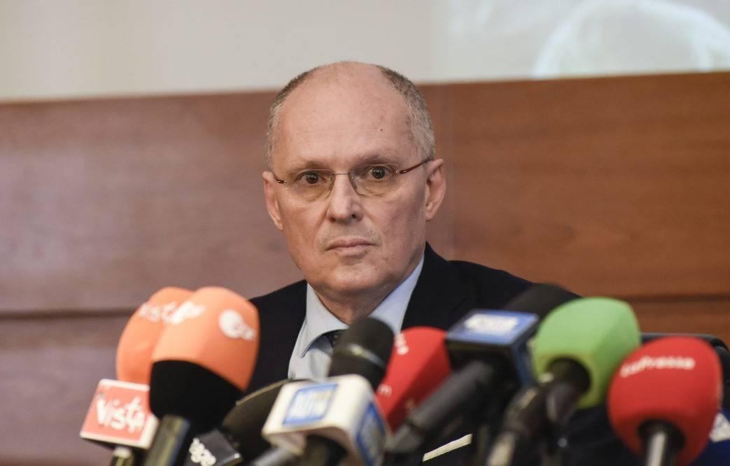 """Coronavirus, Ricciardi: """"Conferma test soltanto dall'ISS"""" - Leggilo.org"""