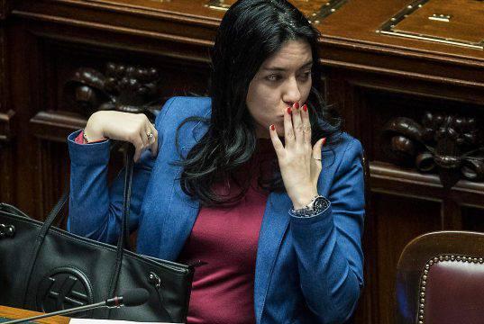 """Lucia Azzolina vince un concorso per dirigenti scolastici: """"Mi sveglio alle 5 del mattino, non sono Salvini"""""""