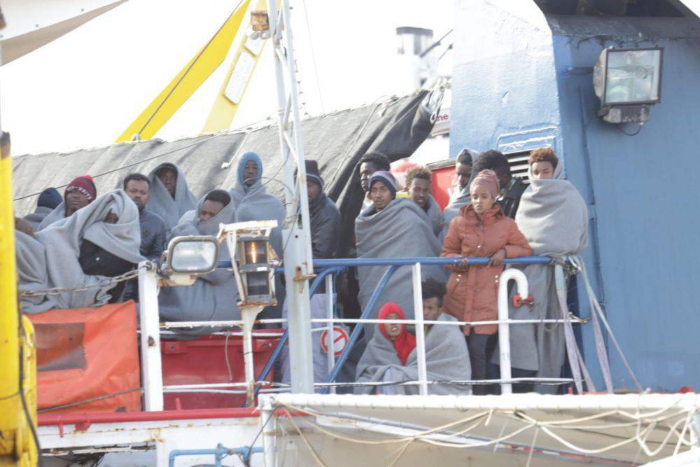 migranti seawatch messina quarantena disumana
