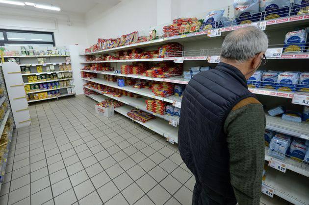 Coronavirus, pericolo povertà per tante famiglie italiane - Leggilo.org