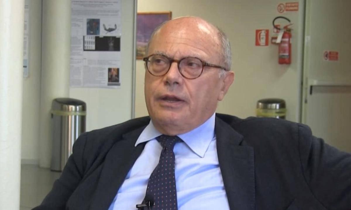 """Coronavirus, Galli dell'Ospedale Sacco di Milano: """"Situazione difficile, in 42 anni mai vista una cosa del genere"""" - Leggilo.org"""