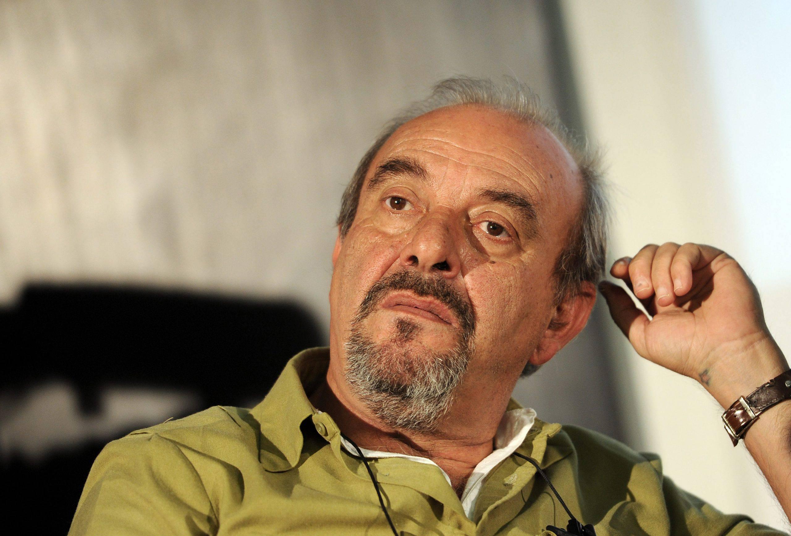 """Coronavirus, Vauro: """"Il video dei francesi è satira. Peggio quello istituzionale di Zaia"""" - Leggilo.org"""