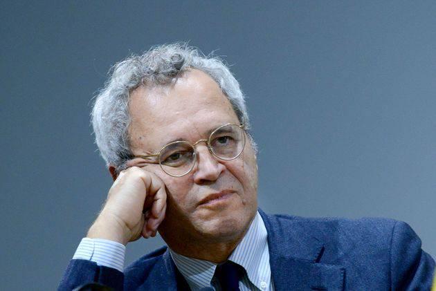 Enrico Mentana divende Silvia Romano - Leggilo.org