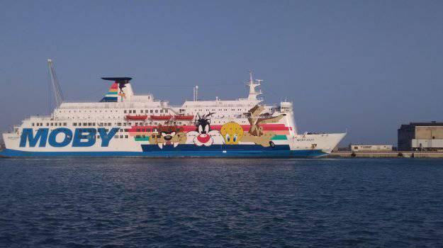 Migrante si lancia dalla nave quarantena Moby Zaza e muore: aperta inchiesta ad Agrigento - Leggilo.org
