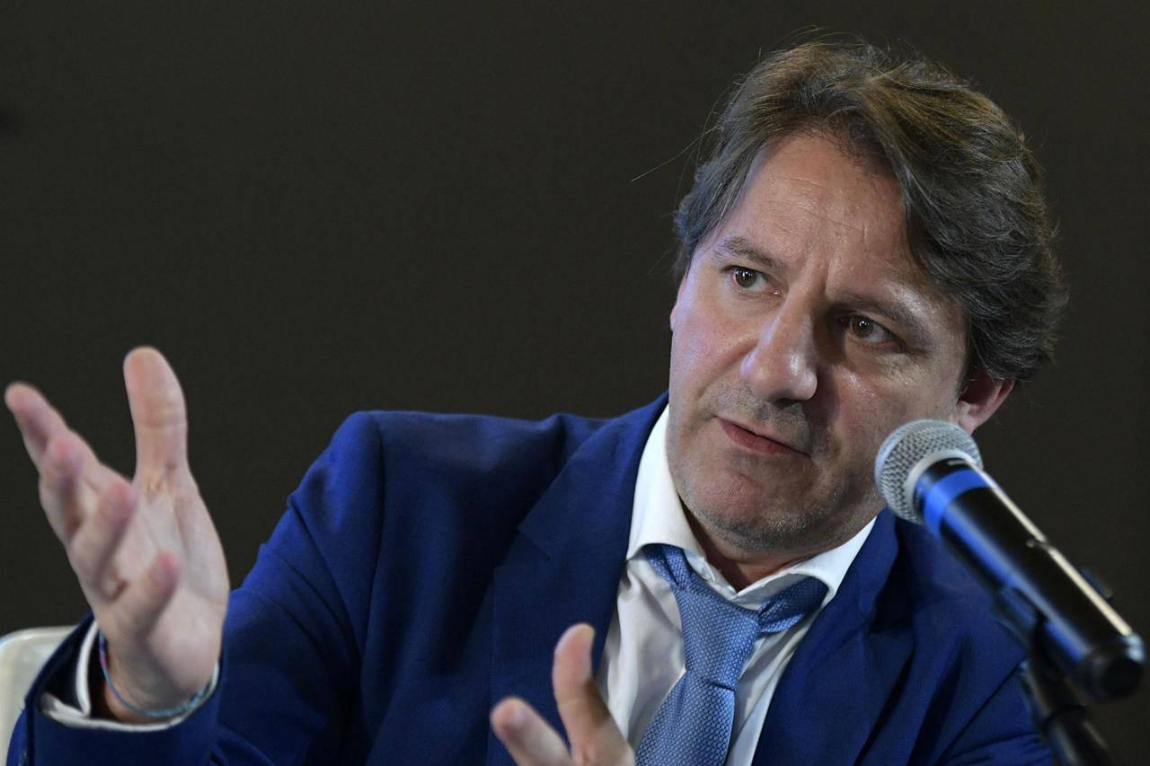 """Tridico scende in campo al fianco del Ministro Bellanova: """"Si alla regolarizzazione dei migranti"""" - Leggilo.org"""