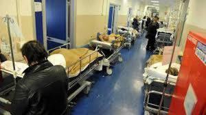 coronavirus sistema sanitario italia ginocchio
