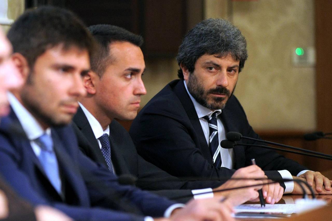 Presunti finanziamenti dal Governo venezuelano al M5S: Procura di Milano apre fascicolo - Leggilo.org