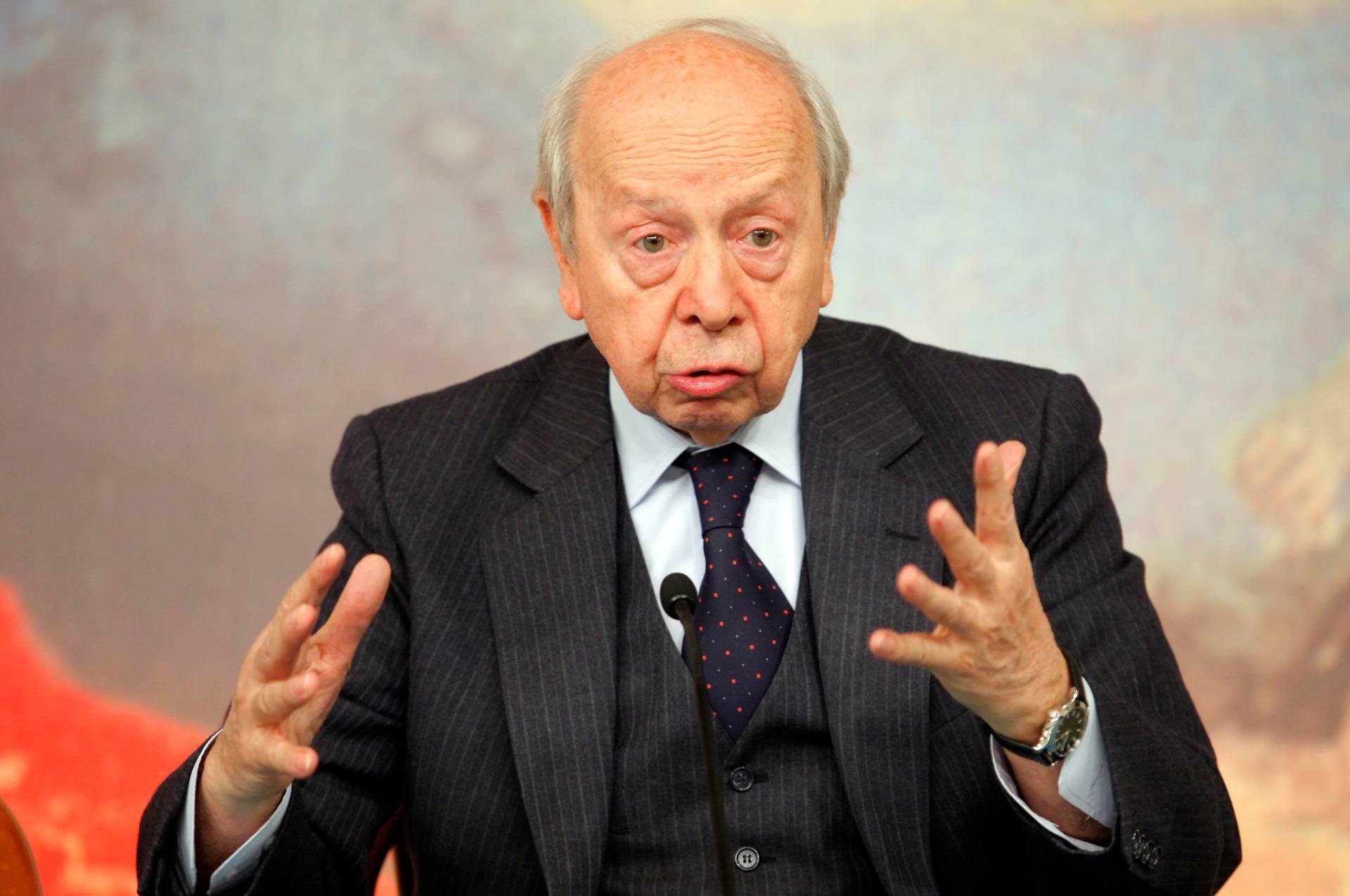 """Taglio dei vitalizi, lo stop esalta l'ex Premier Dini: """"Finalmente cancellata situazione iniqua"""" - Leggilo.org"""