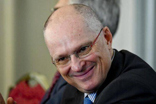 """Il virologo Ricciardi: """"La proroga dello Stato di Emergenza"""