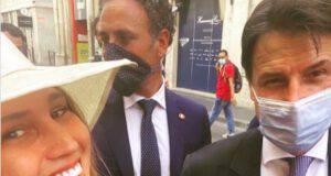 La studentessa che ha chiesto un selfie hot al Premier Conte: ecco chi è Alessandra Cantini - Leggilo.org