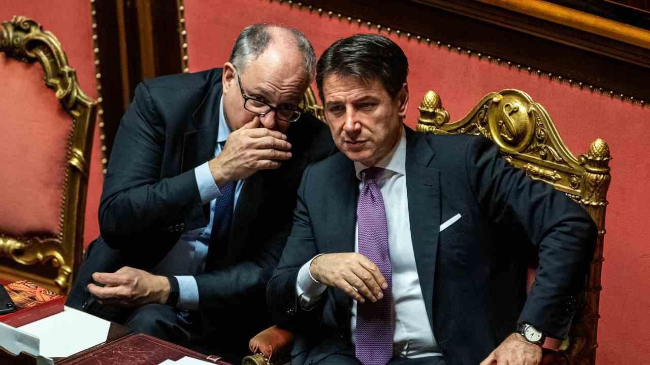 """Gualtieri in Cdm incalza la Maggioranza: """"Senza Mes casse vuote"""" - Leggilo.org"""