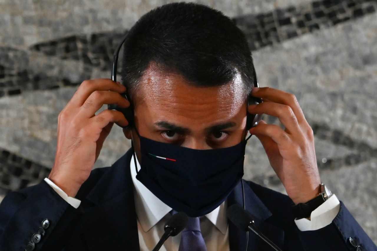 """Di Maio irritato dal silenzio di Conte sulla crisi dei migranti: """"E' questione di salute pubblica"""" - Leggilo.org"""