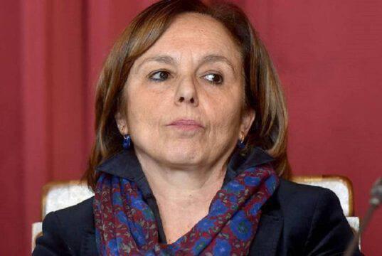 Sardegna verso il lockdown, Cagliari Crotone a rischio?