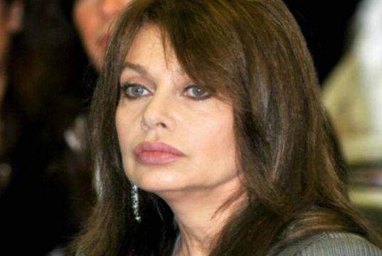 Perché Veronica Lario tradiva Berlusconi? L'incredibile patto segreto