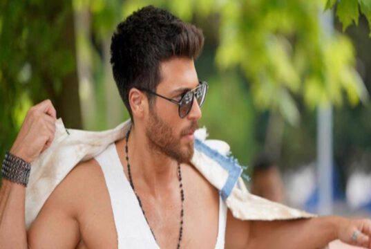 Can Yaman: lo spot televisivo mostra i muscoli ed altro di lui VIDEO