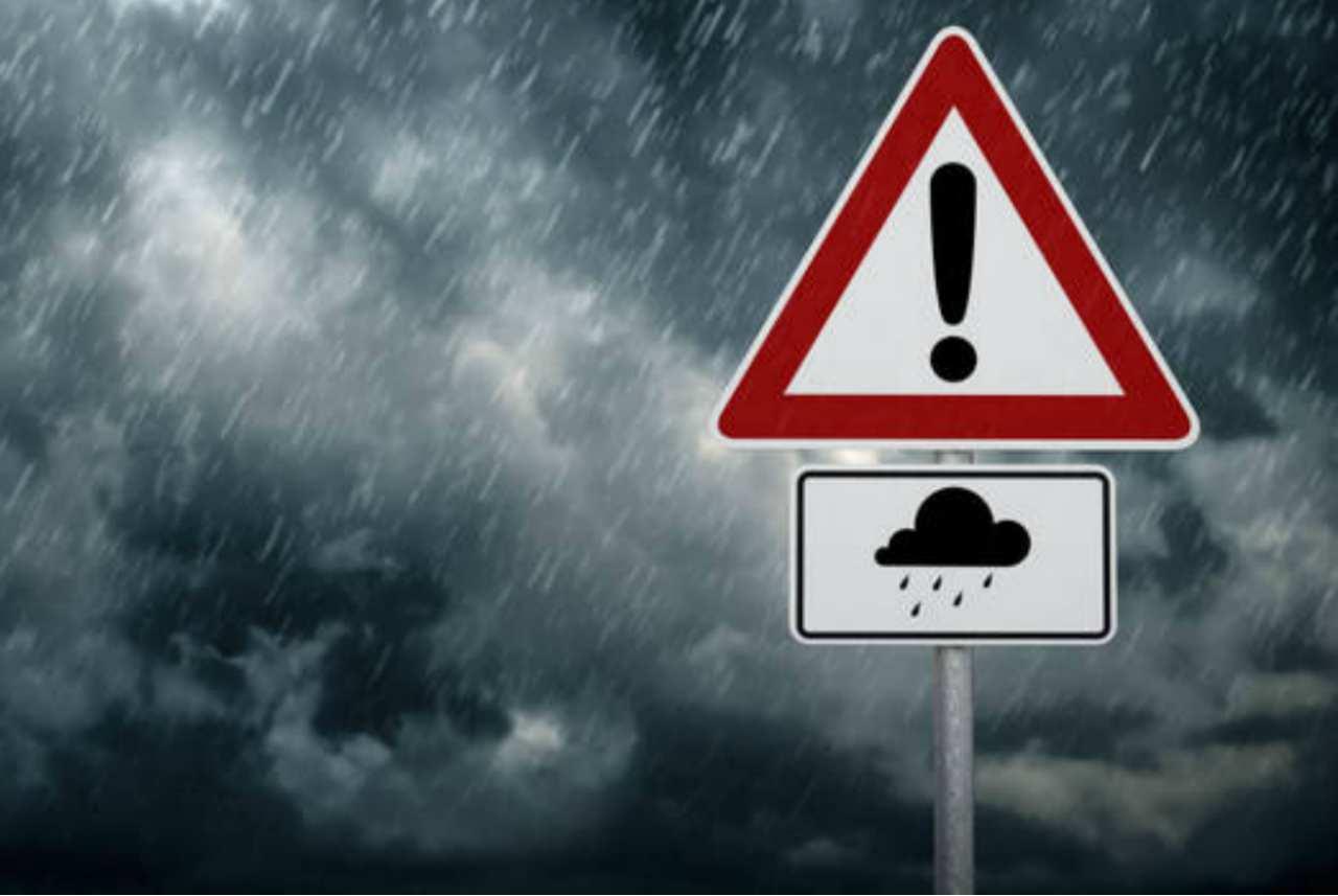 Meteo domani giovedì 22 ottobre: maltempo in Lombardia e Piemonte, temperature in aumento