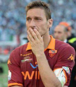 Francesco Totti gravissimo lutto per lui: è morto il padre Enzo