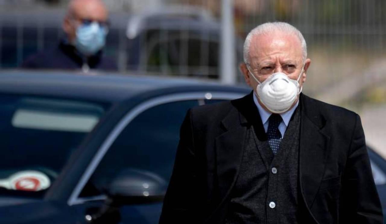 Napoli, esplode di rabbia ma De Luca chiede il Lockdown per tutta l'Italia