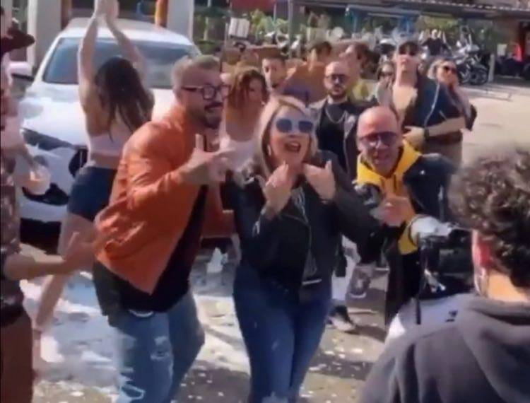 Angela video clip