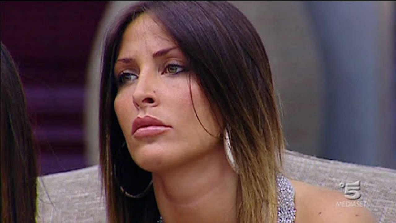 """Guendalina Tavassi chiede aiuto su IG """"Per favore aiutatemi!ho dei figli"""""""